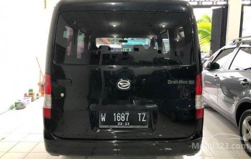 Mobil Daihatsu Gran Max 2015 AC terbaik di Jawa Timur
