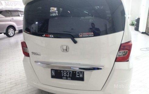 Jual mobil Honda Freed E 2014 bekas, Jawa Timur