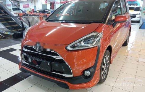 Jual cepat Toyota Sienta Q 2016 di Jawa Timur