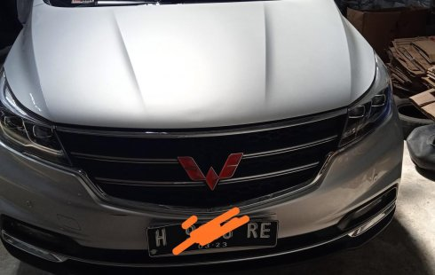 Wuling Cortez 1.8 L Lux i-AMT 2018 Silver