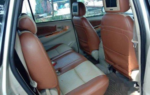 Jual mobil bekas murah Toyota Kijang Innova V 2010 di Banten