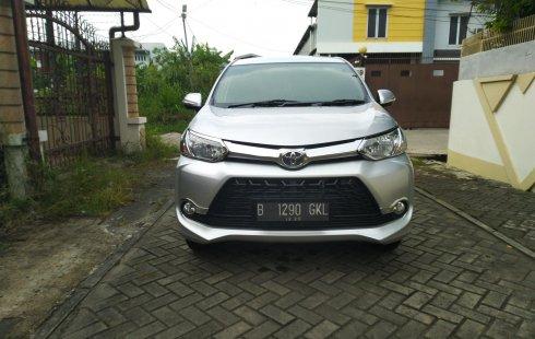 Toyota Avanza Veloz 1.3 m/t  2015