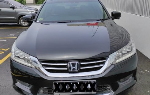 Honda Accord 2.4 VTi-L 2015