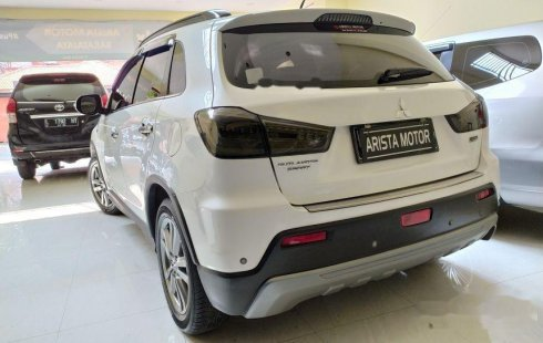 Jual mobil bekas murah Mitsubishi Outlander Sport Limited 2013 di Jawa Timur