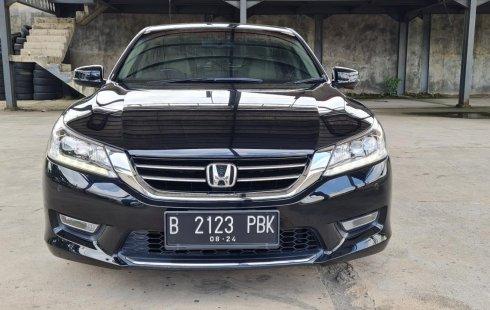 Honda Accord 2.4 VTi-L 2014 Black On Beige Low KM Terawat TDP 50Jt