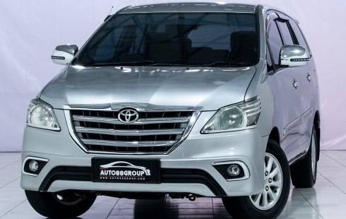 TOYOTA NEW INNOVA E AT SILVER 2015