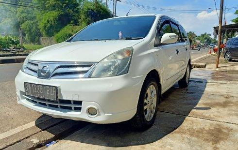 Nissan Grand Livina XV Ultimate 2011AT Termurah di Bogor
