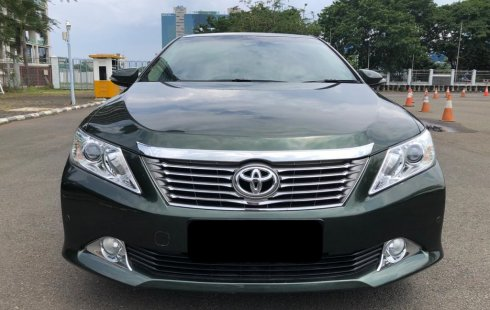 Toyota Camry 2.5 V 2012 Hijau pakai 2014