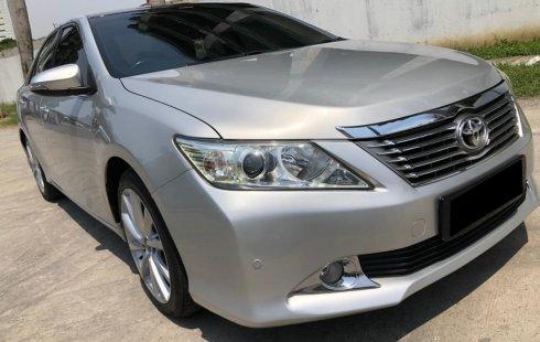 Toyota Camry 2.5 G 2012 Sedan