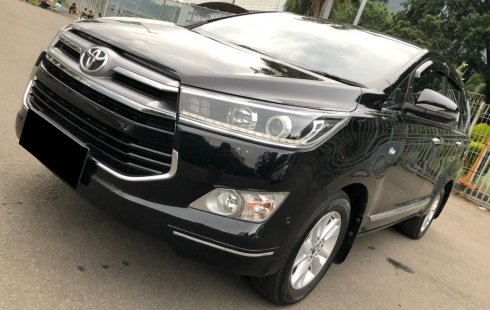 Toyota Kijang Innova 2.0V at 2018 Hitam