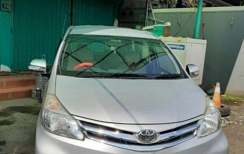Toyota New Avanza G 1.300 cc Manual   Tahun 2012 Silver