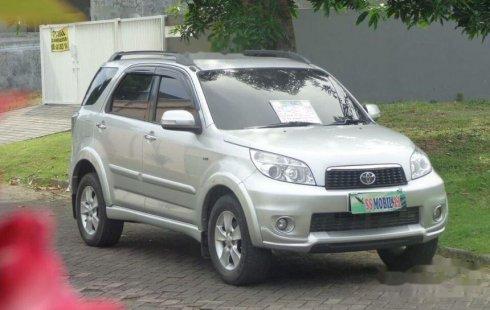 Jual mobil Toyota Rush G 2014 bekas, Jawa Timur