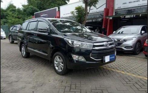 MOBIL ISTIMEWA Toyota Kijang Innova V 2016