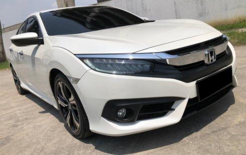 Honda Civic ES SEDAN AT 2018 Putih