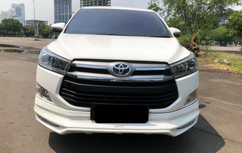 Toyota Kijang Innova V AT DIESEL 2020 Putih