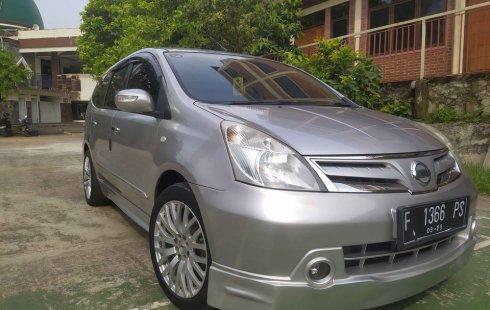 Jual Nissan Grand Livina XV 1.5 AT 2011 DP 25 angsuran 2 juta bebas banjir tabrak surat lengkap