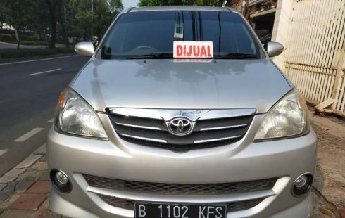Jawa Barat, Toyota Avanza S 2010 kondisi terawat