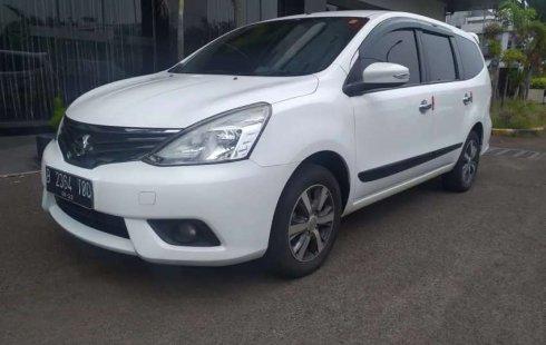 Mobil Nissan Grand Livina 2015 XV terbaik di DKI Jakarta