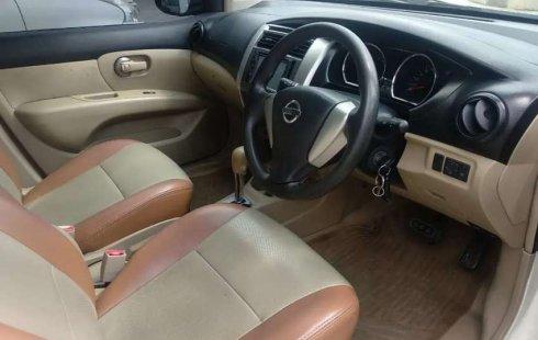 Jawa Barat, jual mobil Nissan Grand Livina 2013 dengan harga terjangkau