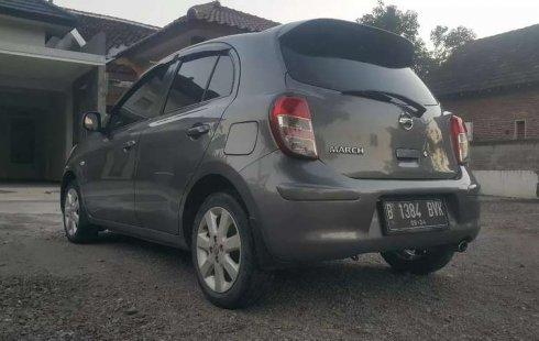 Jual mobil Nissan March 2011 bekas, Jawa Timur