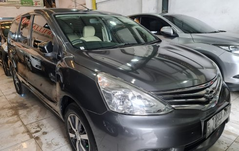 Nissan Grand Livina XV 2016 Abu-abu
