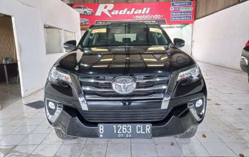 Toyota Fortuner 2.4 VRZ AT 2016