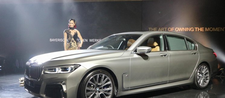 Review BMW 730Li M Sport 2019: Karakter Sporty Berikan Sisi Lain BMW 7 Series