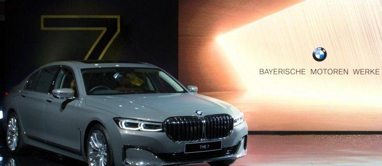 Review BMW 740Li Opulence 2019: Kembalinya Sang Raja Berwajah Prestisius