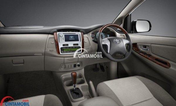 gambar dashboard dan setir Toyota Innova 2015