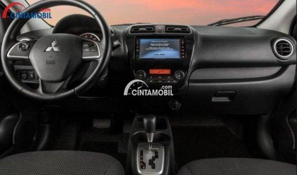 Gambar bagian dashboard mobil Mitsubishi Mirage 2016