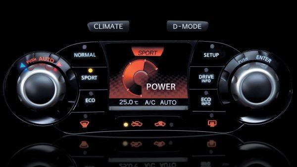 Nissan Juke 2011 Memiliki 3 Mode Berkendara Khas SUV