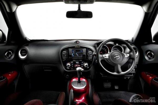 Fitur 2Din Pada Dasbor Nissan Juke 2011