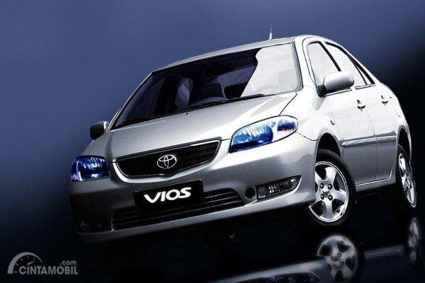 Mobil pertama menggunakan VVT-i