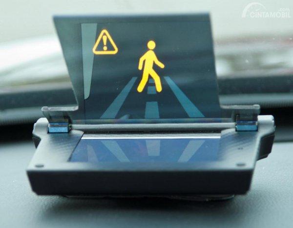 Gambaran fitur Smart Intersection di monitor