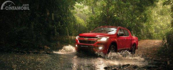 Chevrolet Colorado High Country Storm yang dijual di Indonesia masih menerapkan bodi trim standar