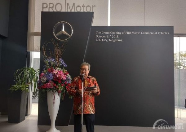 Gambar yang menunjukan CEO Pro Motor Jongkie Sugiarto