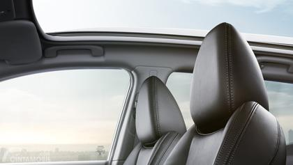 Panoramic Glass pada mobil Nissan Qashqai 2019