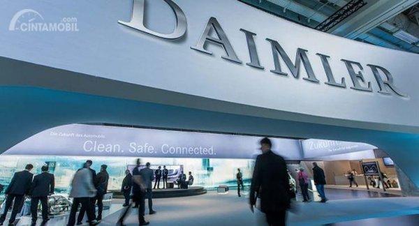 Gambar yang menunjukan logo perusahaan Daimler