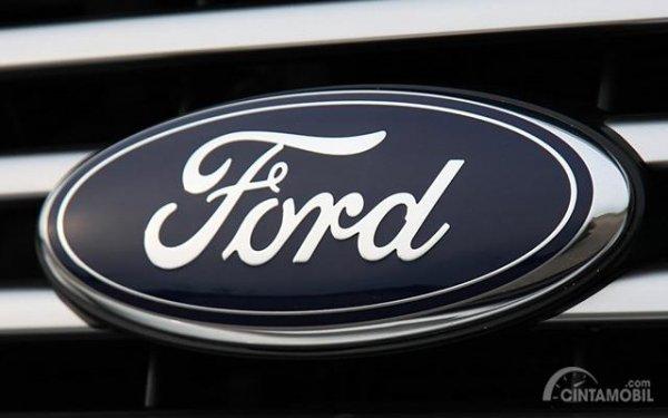 Gambar yang menunjukan logo perusahaan Ford