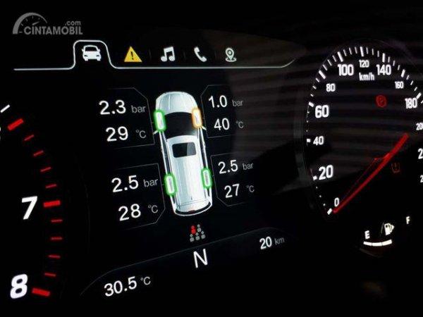 Fitur Wuling Confero S 1.5 L dilengkapi teknologi rem ABS, EBD serta Tire Pressure Monitoring