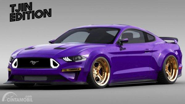 Foto TJIN Edition Ford Mustang berbalut warna ungu