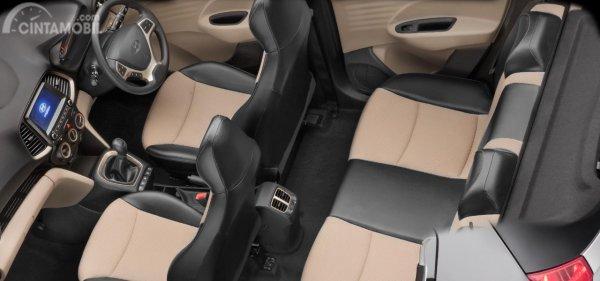 Gambar jok mobil Hyundai Santro 2019 dengan 2 warna yaitu hitam dan coklat