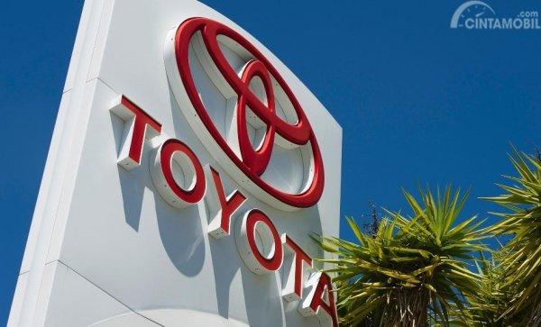 Foto logo Toyota di dealer