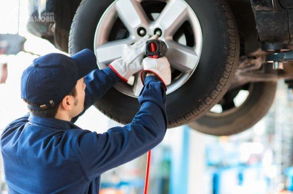 Biaya Spooring dan Balancing terbilang bervariasi tergantung model mobil Anda
