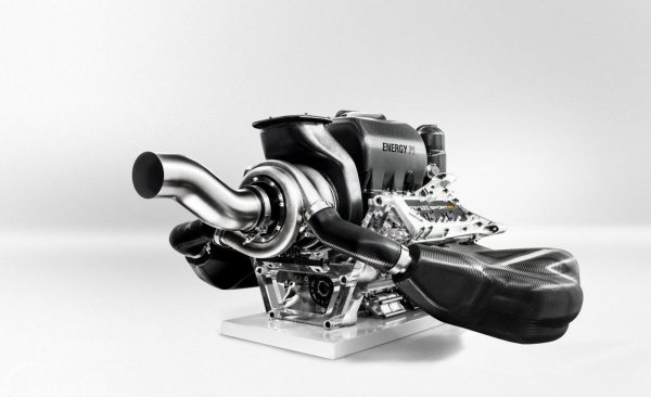 Gambar yang menunjukan mesin 1.6L V6 Mercedes-AMG One 2017