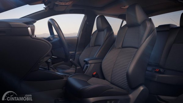Gambar Jok Toyota Corolla Altis 2019 berwanra abu-abu