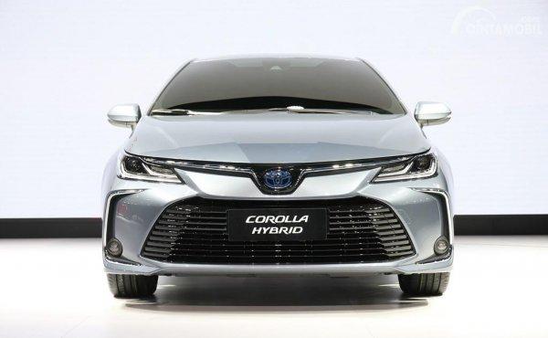Tampak depan Toyota Corolla Altis 2019