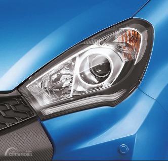 Lampu utama Daihatsu Sirion 2015 menyuguhkan berbagai komponen lengkap yang menunjang kualitas pencahayaannya