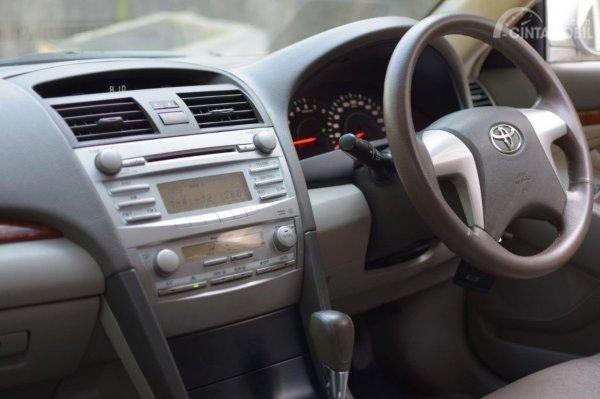 Tampak Layout interior Toyota Camry XV40 2006