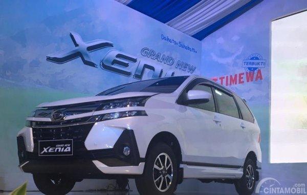Daihatsu Grand New Xenia R 1.5 MT Deluxe menjadi kado ultah Daihatsu Xenia ke-15